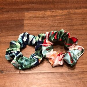 Urban outfitters set of 2 tropical scrunchies